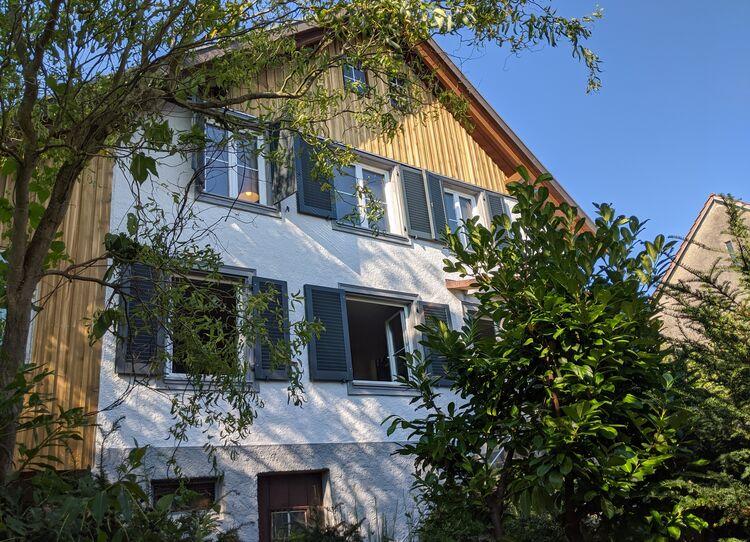 Holzfensterladen_von KLINSO repariert
